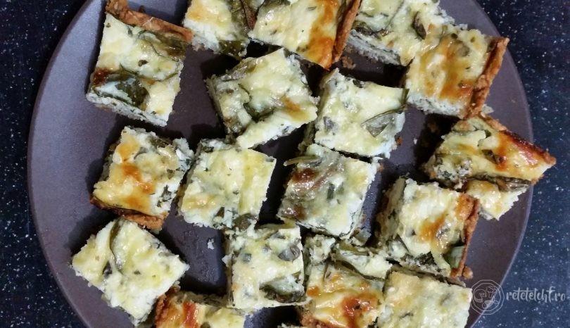 Plăcintă cu brânză, busuioc și spanac