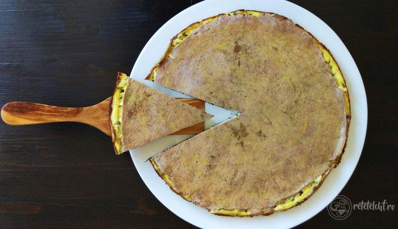 Plăcintă cu brânză, ceapă verde și mărar