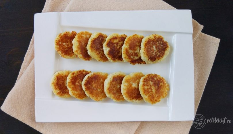 Papanași low-carb cu făină mix de fibre