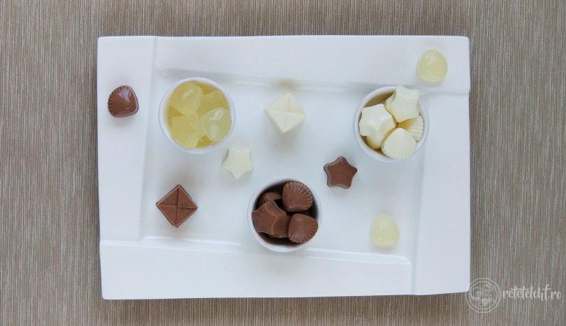 Jeleuri low-carb de lămâie, frișcă și ciocolată