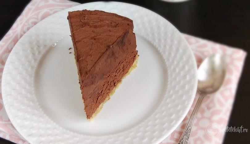 Tort low-carb de ciocolată