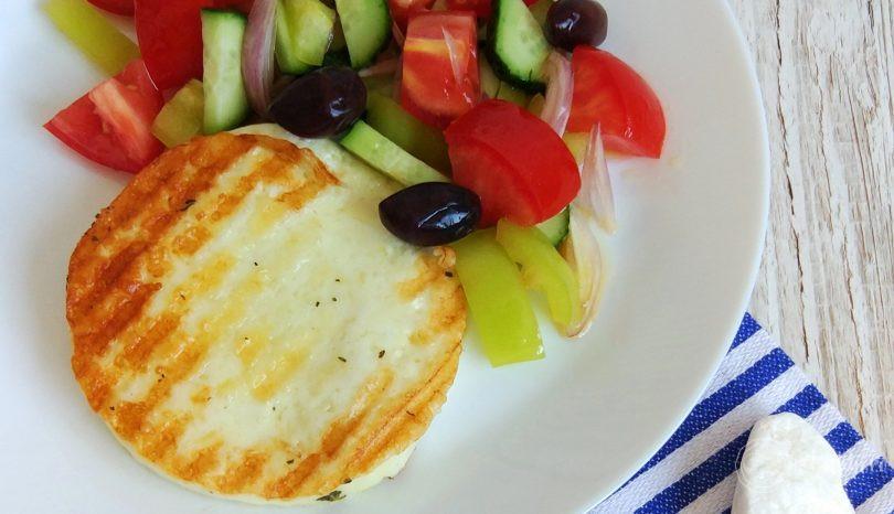 Brânză halloumi la grătar