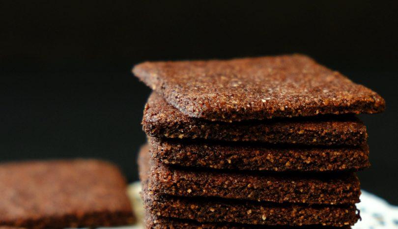 Biscuiți simpli cu cacao