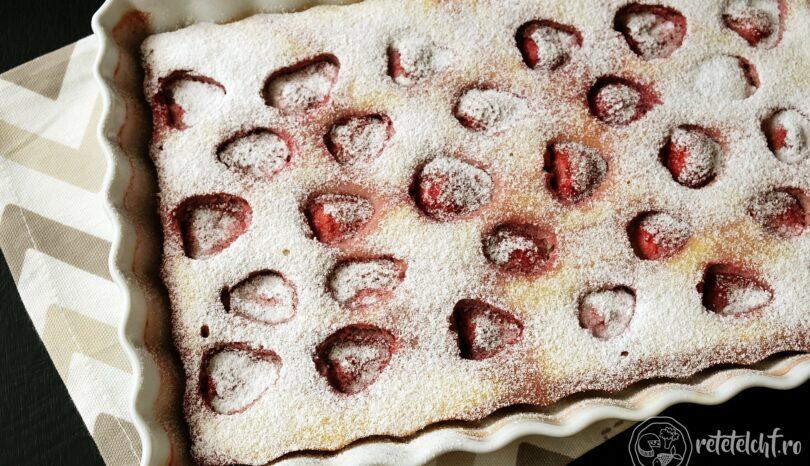 Prăjitură keto cu căpșuni